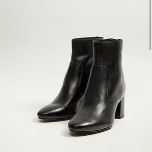 4/$20 Mango Ankle boots